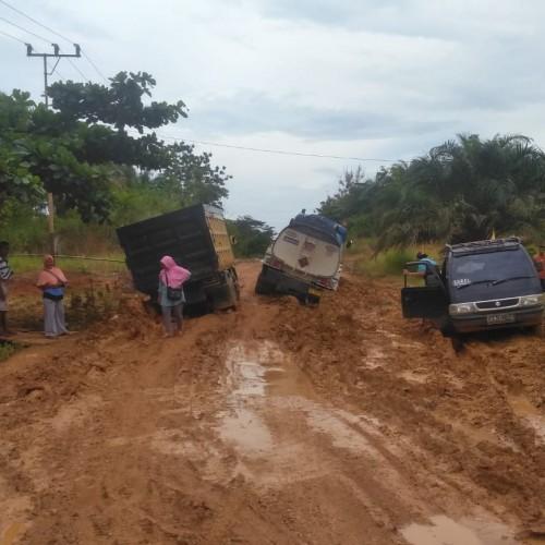 Pemkab Paser Segera Perbaiki Jalan Kerang – Tanjung Aru