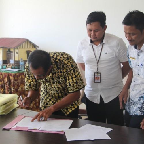6 Desa di Paser Serah Terima Program Pengembangan Infrastruktur