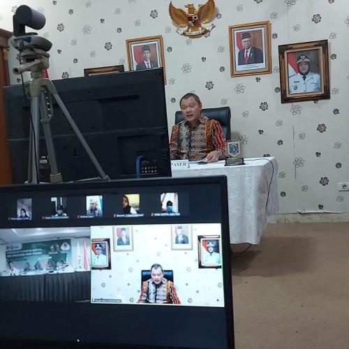 Bupati Paser Berikan Pembekalan Mahasiswa Baru UIT Makassar